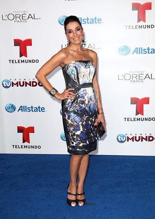 KIKA ROCHA | Kika Rocha Happy Friday !!! Come See My New Post:: All About The Fashion At #PremiosTuMundo!!! http://bravechica.com/2013/08/16/all-about-the-fashion-at-premiostumundo-todo-sobre-la-moda-en-los-premiostumundo/ @BraveChica #celeb #fashion #style #trends @Premiostumundo @elvis tux @People magazine @Kika Rocha #peopleenespanol