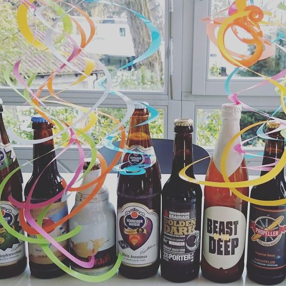 The perfect birthday present for a man.. A Bunch of craft beer #birthday #bday #party#instabday #bestoftheday #birthdaycake #cake #friends #celebrate #photooftheday #instagood #candle #candles #happy #young #old #years #instacake #happybirthday #instabirthday #born #family#craftbeer: