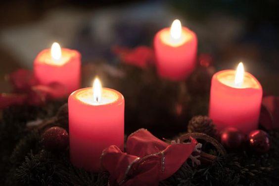 ;-) very nice, isn´t it? www.fonmoney.ro  Și cât am așteptat să vină acest moment? Azi aprindem ultima lumânare de Advent pentru acest an... . E ajunul Crăciunului, momentul care trebuie petrecut alături de familie, momentul în care începem să visăm la dorințele noastre!  Foto: Irene Petzwinkler