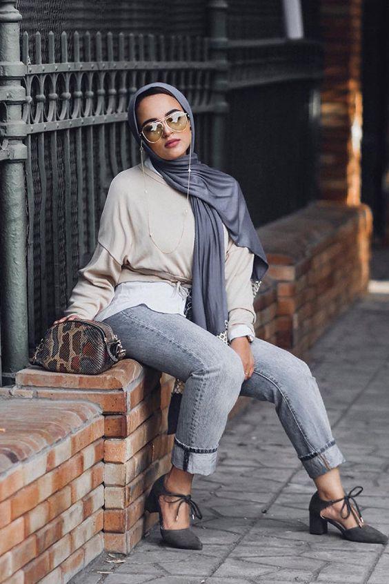 على غرار المدونة سحر فؤاد: لفات طرح  بالإيشارب الطويل تزيد من أناقتك #hijab #hijabfashion  #Veils  #لفات_طرح