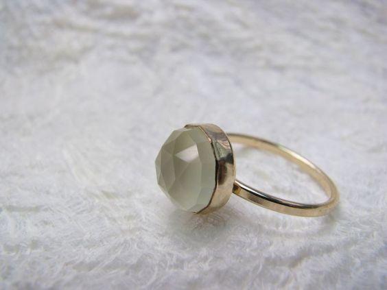 Ring vergoldet Chalcedon gelb, Zitrone von Querbeads Atelier auf DaWanda.com