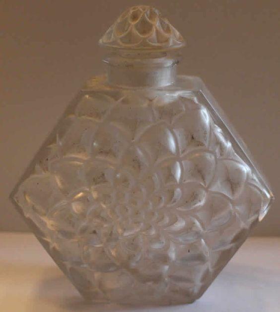 Lalique Perfume Bottle Celle Que Mon Coeur Aime