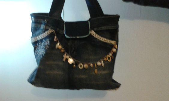 Bolsos de hombro - bolso para colgar tejano reciclado - hecho a mano por Esther1971 en DaWanda