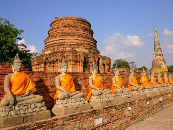 ayutthaya buddha statuen
