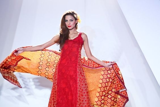 The Ever Stylish Vaneeza Lawn Collection 2012