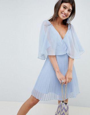 ASOS DESIGN - Robe courte à jupe plissée et manches évasées