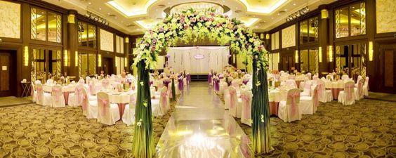 Wedding © Beijing Hetuchuangyi Images Co,. Ltd . | Dreamstime 59377146