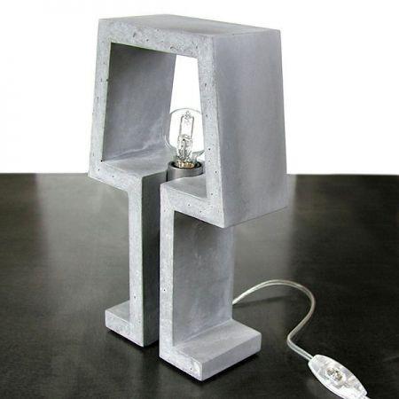 Lampe sur pied en béton