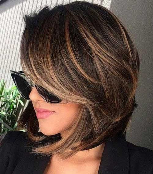 28 Short Haircut Color Ideas For 2019 Here Are 28 Short Haircuts And Color Ideas For 2019 These Haircuts T Hair Styles Short Hair Styles Brunette Hair Color