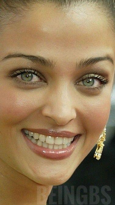 Aish Beautiful Bollywood Actress Aishwarya Rai Bikini Aishwarya Rai Bachchan