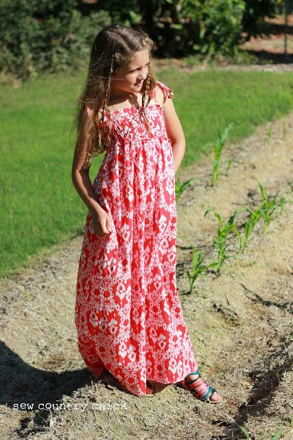Easy and Chic Maxi Dress by Justine from Sew Country Chick - Melly Sews