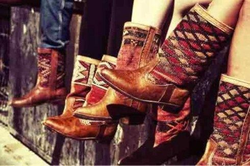 Moroccan Kilim boots - buy from http://www.bohemiadesign.co.uk/moroccan-kilim-boots-b79