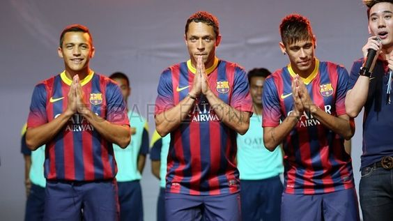 Alexis, Adriano and Neymar at the Nike event