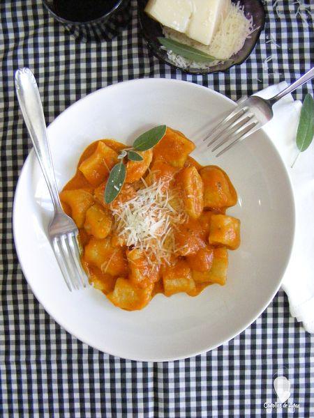 Oquis de ricotta con salsa de tomate cocinar en casa es for Ideas para cocinar pasta