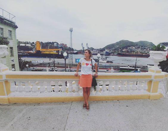 A capital que é uma ilha e tem o porto ao lado da avenida principal  #vitoria #espiritosanto