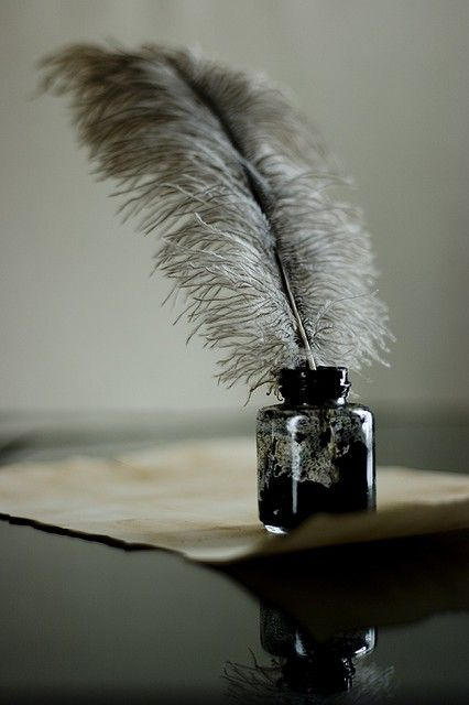 "The smell of ink: ""A fantasy note that is reminiscent of India ink. Ink notes are also surfacing from natural materials such as oakmoss."" (Fragrantica)"
