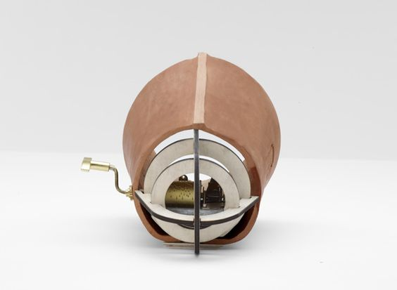 Grainophone / Reuge - In collaboration with Campana's Brother - Jennifer Rabatel: Box Amplifier, O Object Is, Music Boxes, Brother Jennifer, Campana S Brother