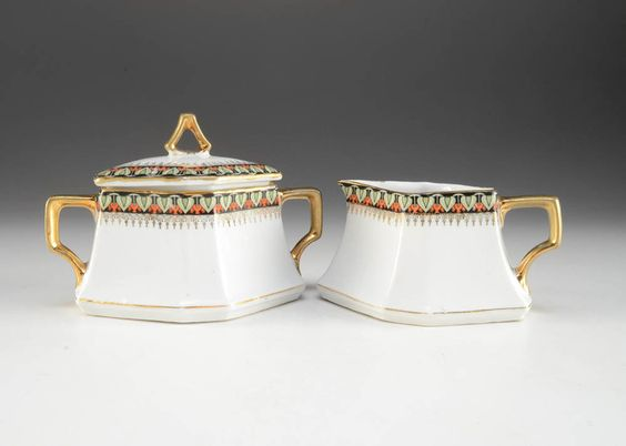 Set of Art Deco-style Porcelain Creamer and Sugar