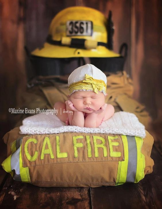 Newborn photography firefighter photography- LOVE LOVE LOVE!!!                                                                                                                                                      More