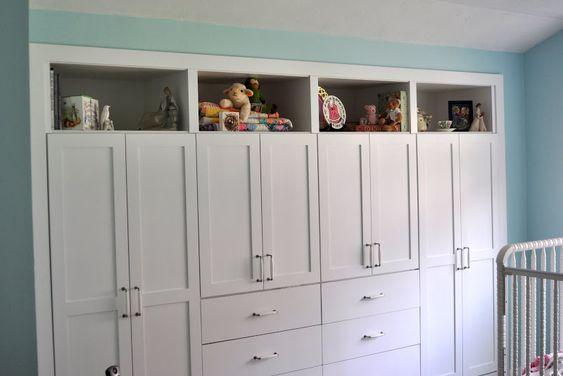Contenporary Built In Closet Drawer Ideas With Pure White