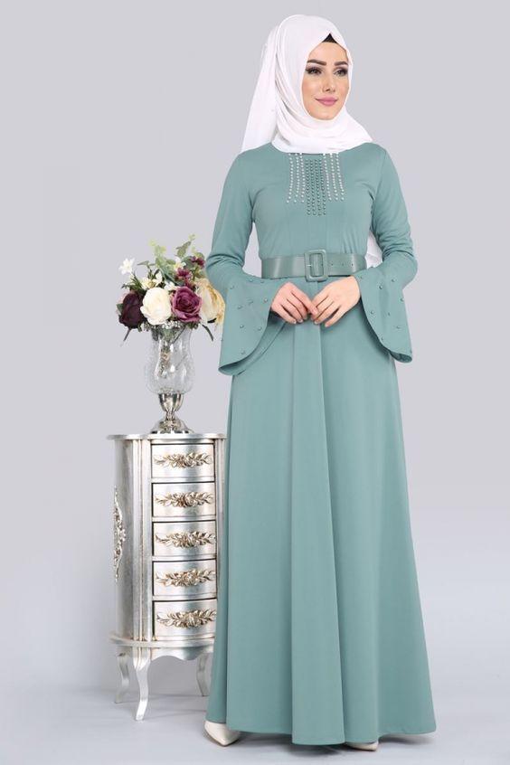 صور فساتين درسات موضة جميع البنات المحجبات 2019 فوتوجرافر Muslim Fashion Dress Muslim Fashion Outfits Muslimah Fashion Outfits