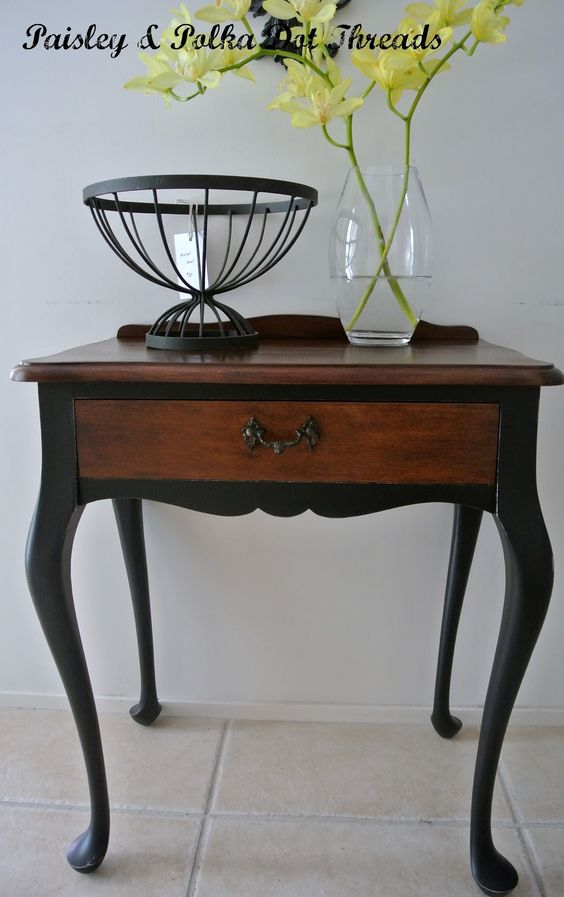 Queen Anne Table - Legs Painted Black. Going To Do This On My