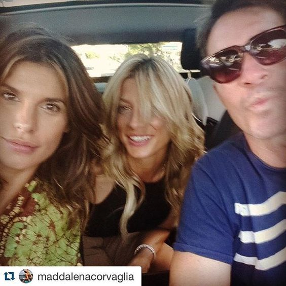 #ElisabettaCanalis Elisabetta Canalis:  torna prestooooo! Repost @maddalenacorvaglia with @repostapp. ・・・ Siete una coppia bellissima e sarete una famiglia meravigliosa!!!! You are a great couple and soon you will be a Wonderful family! Voi e Ladybug ! ❤️❤️  @littlecrumb_ #love #LA #family #friends