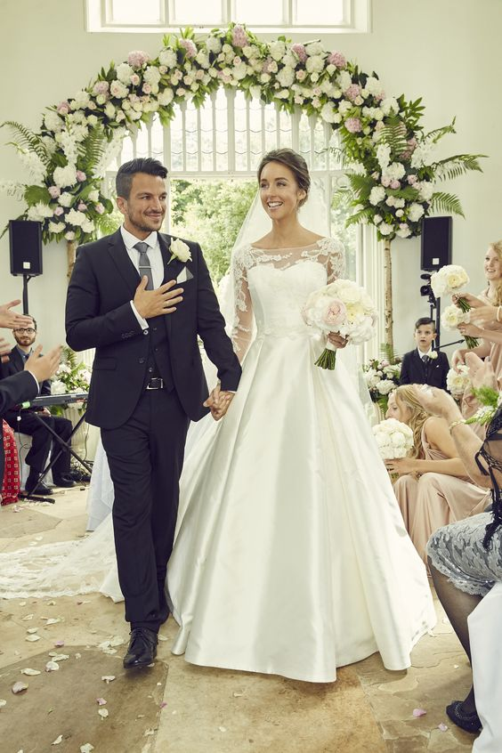 Emily Macdonagh Wearing Si Holford For Her Wedding To Peter Andre Photography From Ok