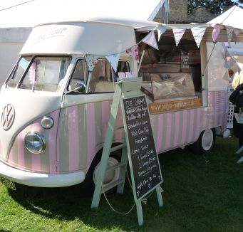 'Vintage Ice Cream Van' adventures…….'On the road again'………festivals and fun…….♡