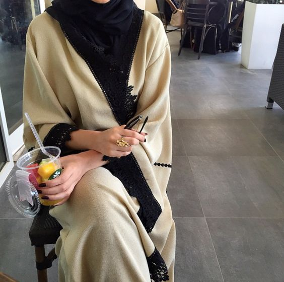 Beautiful in Black - I am in LOVE with Hind Almadani's abaya style!! So...: