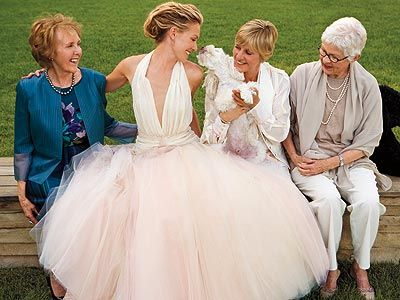 Iconic celebrity weddings ellen degeneres and portia de for Portia de rossi wedding dress