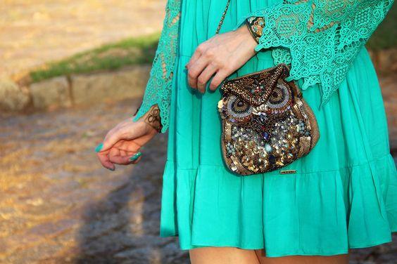 gostei-e-agora-vestido-ciganinha-verde-guipir-sandalia-gladiadora-bolsa-coruja