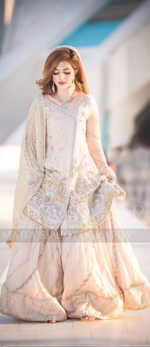 Pin By Taseenchauhan On Gahrara In 2020 With Images Pakistani Party Wear Dresses Party Wear Dresses Dresses,Guest Ladies Dresses For Weddings