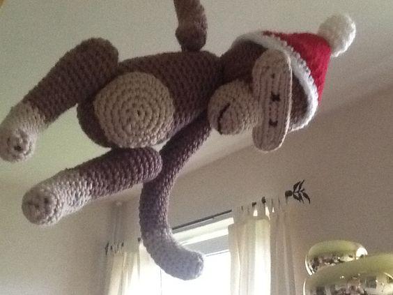Hængende Kaj Bojesen abe med julehat
