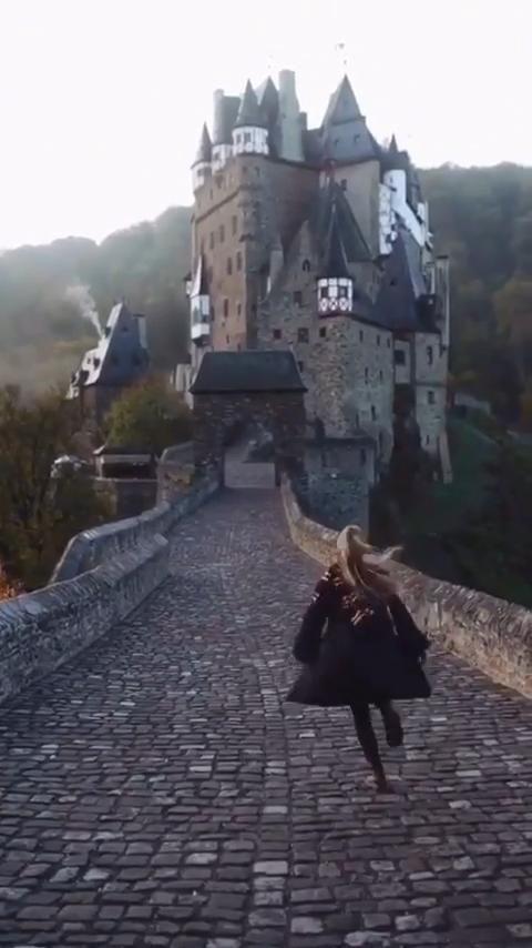 Go To Hogwarts Video Hogwarts Aesthetic Hogwarts Cool Places To Visit