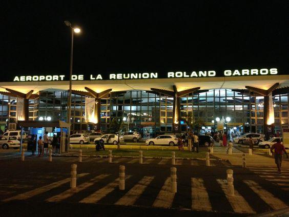 Aéroport Roland Garros de la Réunion (RUN) à Sainte-Marie, Réunion
