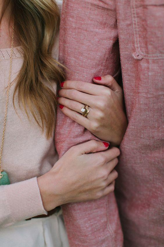 Chuyện vợ chồng trở nên lạnh nhạt, không còn gần gũi bên nhau như xưa