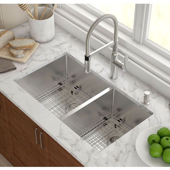 Kraus Undermount 60 40 Double Bowl 16 Gauge Stainless Steel Kitchen Sink 32 3 4 Inch W X 19 I Undermount Kitchen Sinks Best Kitchen Sinks Kitchen Sink Remodel