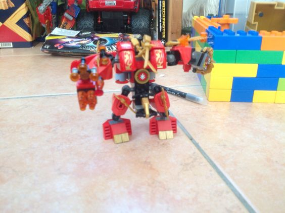 AWESOME UPGRADED VERSION OF KAI'S NIGAGO ROBOT (FRONT VIEW)