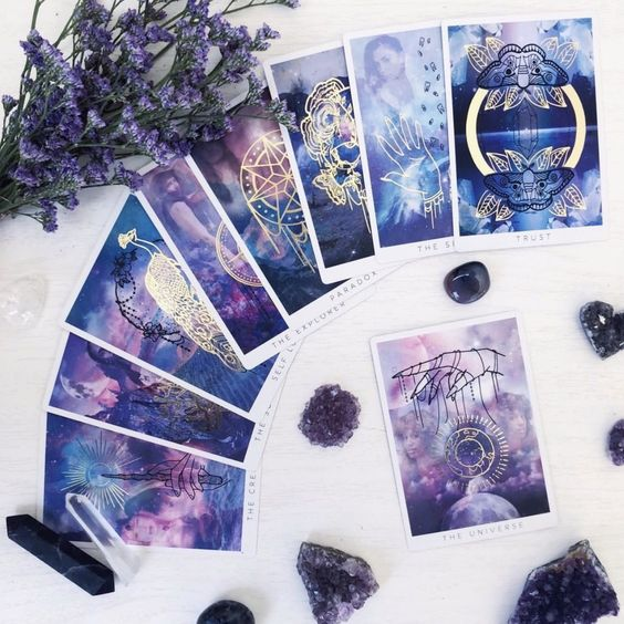 The original oracle deck from Threads of Fate. . . #tarot #oracledeck #tarotdeck #tarotreadersofig #oraclereadersofinstagram #metaphysical #witchy #spiritual #witchesofinstagram #witches #fateweavers