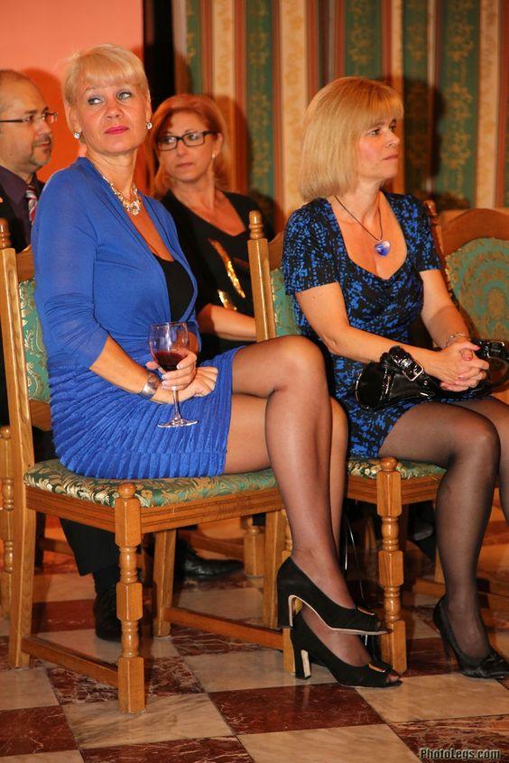 Moms And Pantyhose Moms 42
