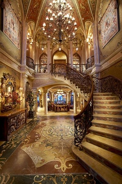 Beautiful foyer:
