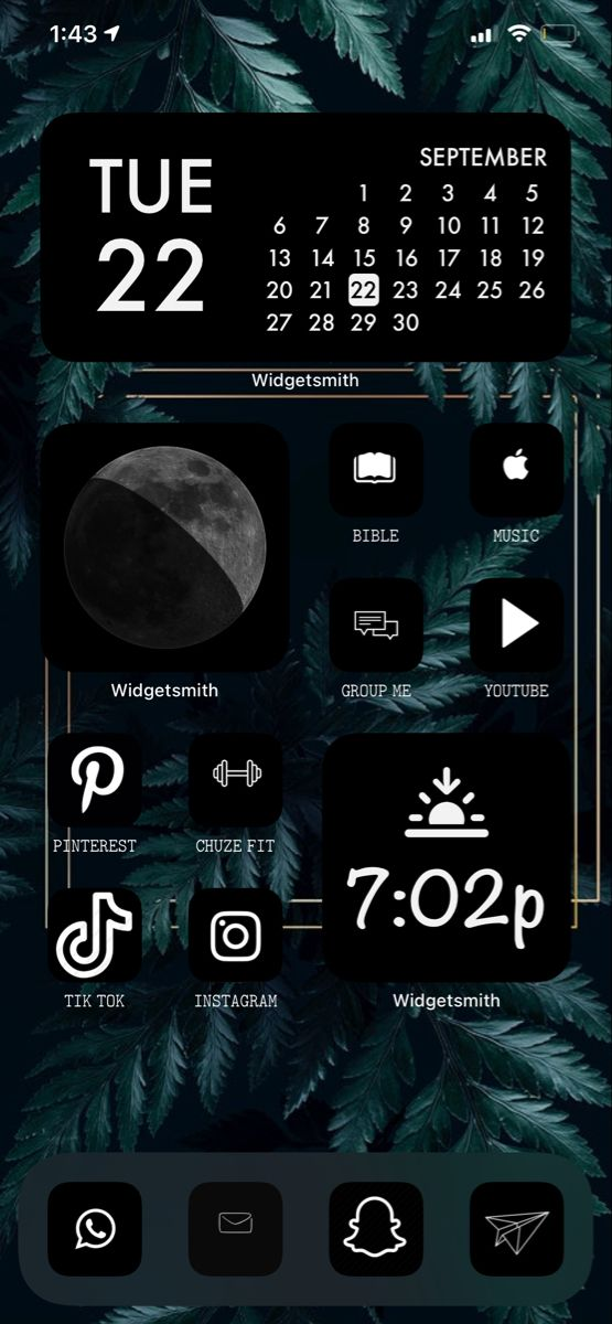 15 Trendy Home Screen Iphone Wallpapers Aesthetic Black And White Picture Wall Black Aesthetic Wallpaper Black Wallpaper