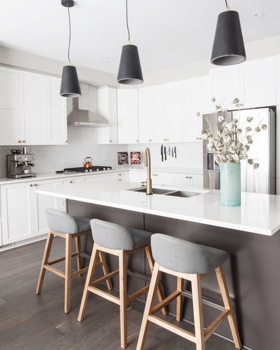 Awe Inspiring 25 Kitchen Island Ideas With Seating Storage Kitchens Cjindustries Chair Design For Home Cjindustriesco