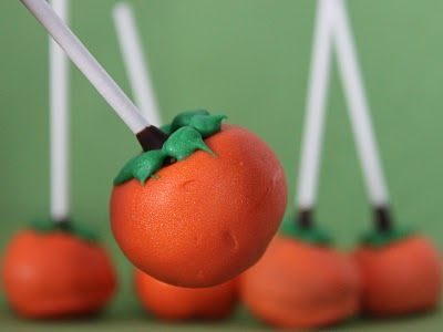 LOVE cake pops! I think I'm gonna try these for the Fall Festival for school