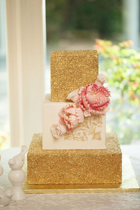 A golden wedding styled shoot inspired by a garden party | Thompson Pictures: http://www.thompsonpictures.com