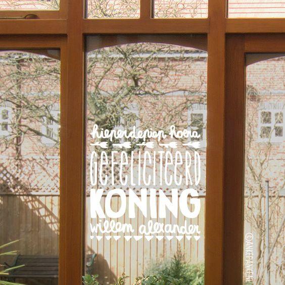 Op zoek naar een design voor een toffe raamtekening voor Koningsdag? Ik heb de 9 leukste raamtekeningen voor je opgezocht. En deze krijtstifttekeningen zijn ook nog eens makkelijk van de ramen af te wassen.