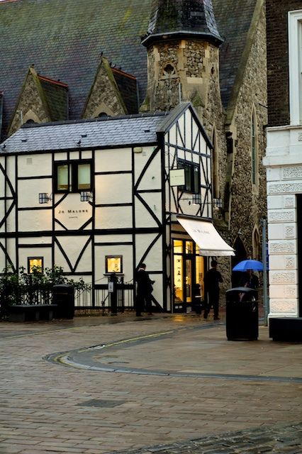 Kingston Upon Thames is Stop 49 on the www.easyFurn.co.uk tour of England