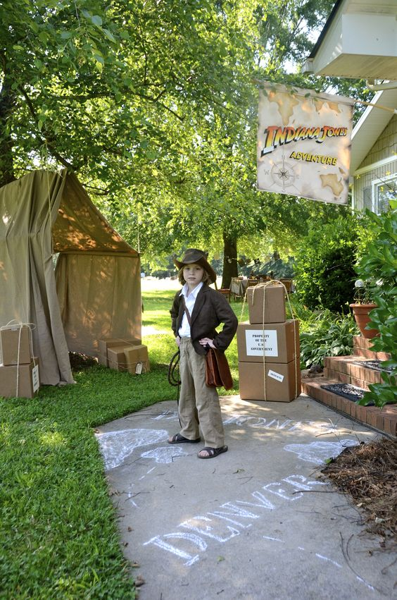 Indiana jones indiana and indiana jones party on pinterest - Indiana jones party decorations ...