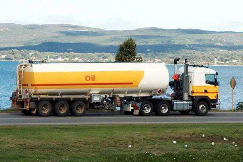 شركة نقل وتوزيع الوقود والمحروقات بالرياض والدمام 0533132917 In 2021 Road Train Trucks Train